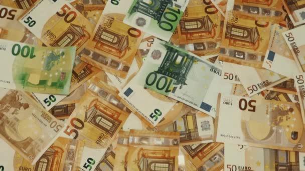 euro měna 50, 100 bankovek spadl a letět, hotovost peníze pozadí, vydělávat, plat, vklad nebo úvěr koncepce