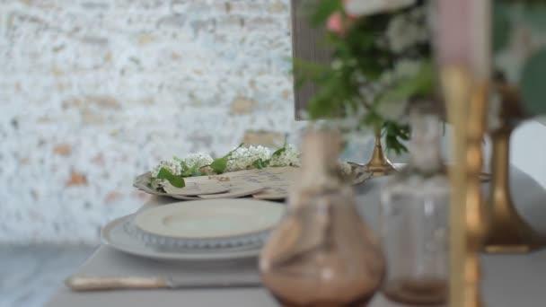 Nevěsta v tabulce dekorativní. Výtvarného umění
