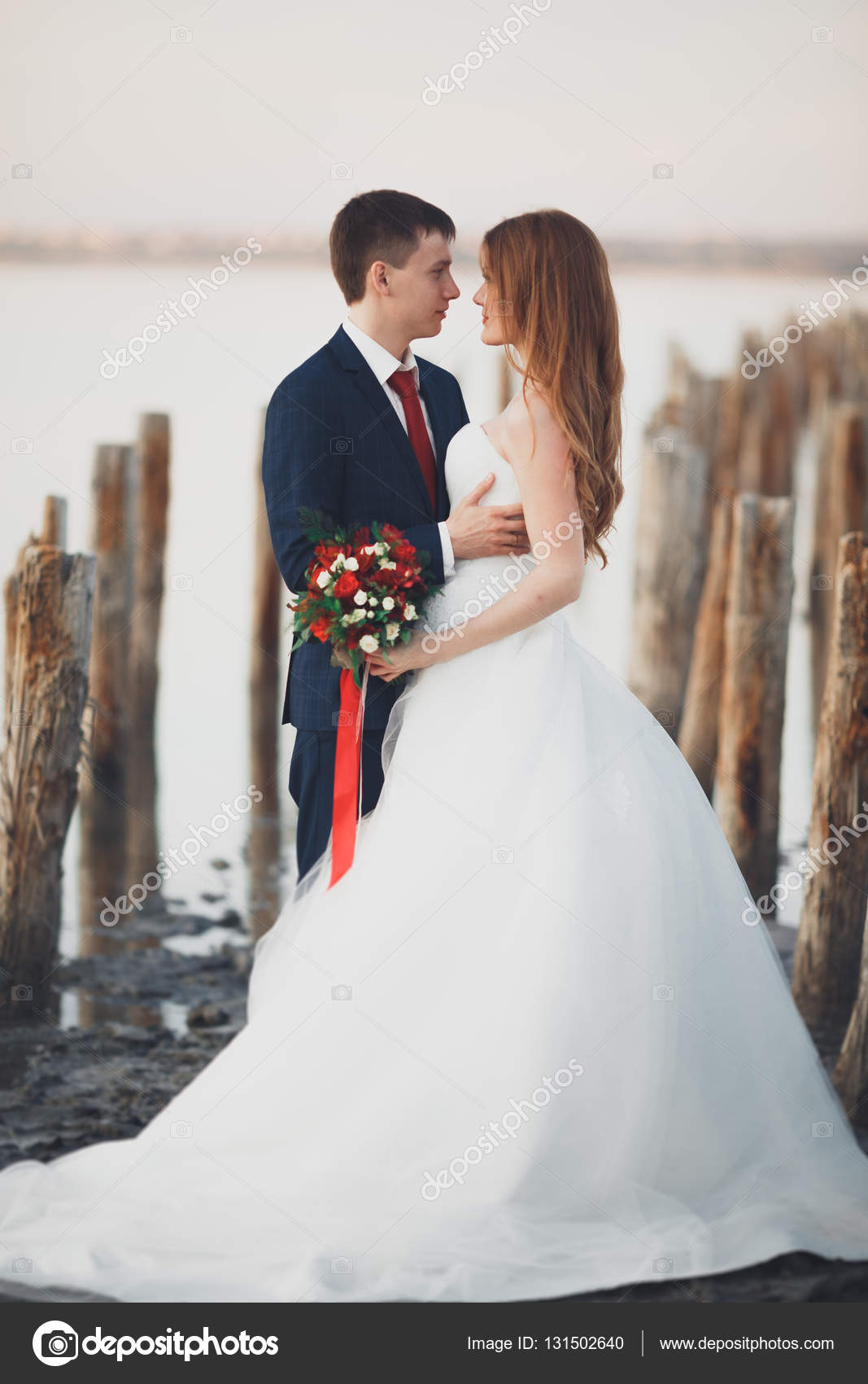 Красивые невеста и жених фото