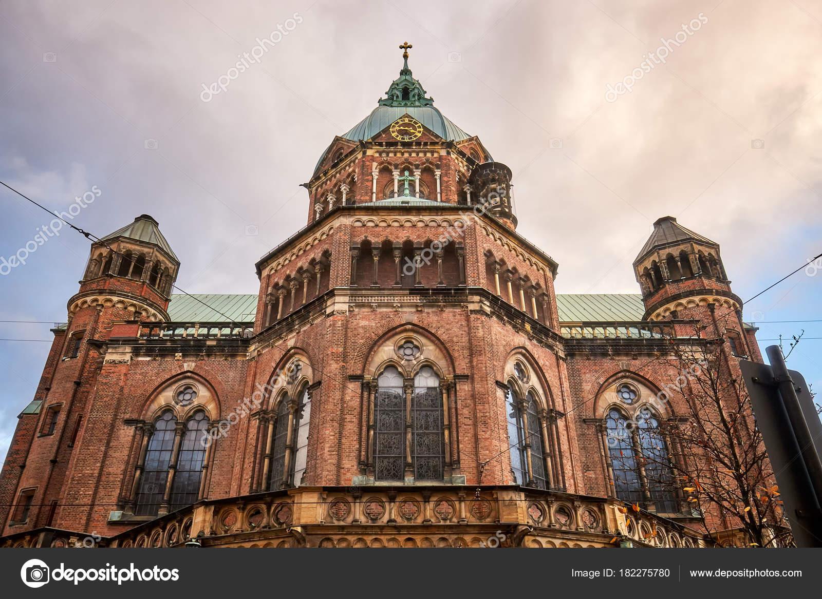聖ルークス教会 ミュンヘン ドイツで最大のプロテスタント教会 — ストック写真