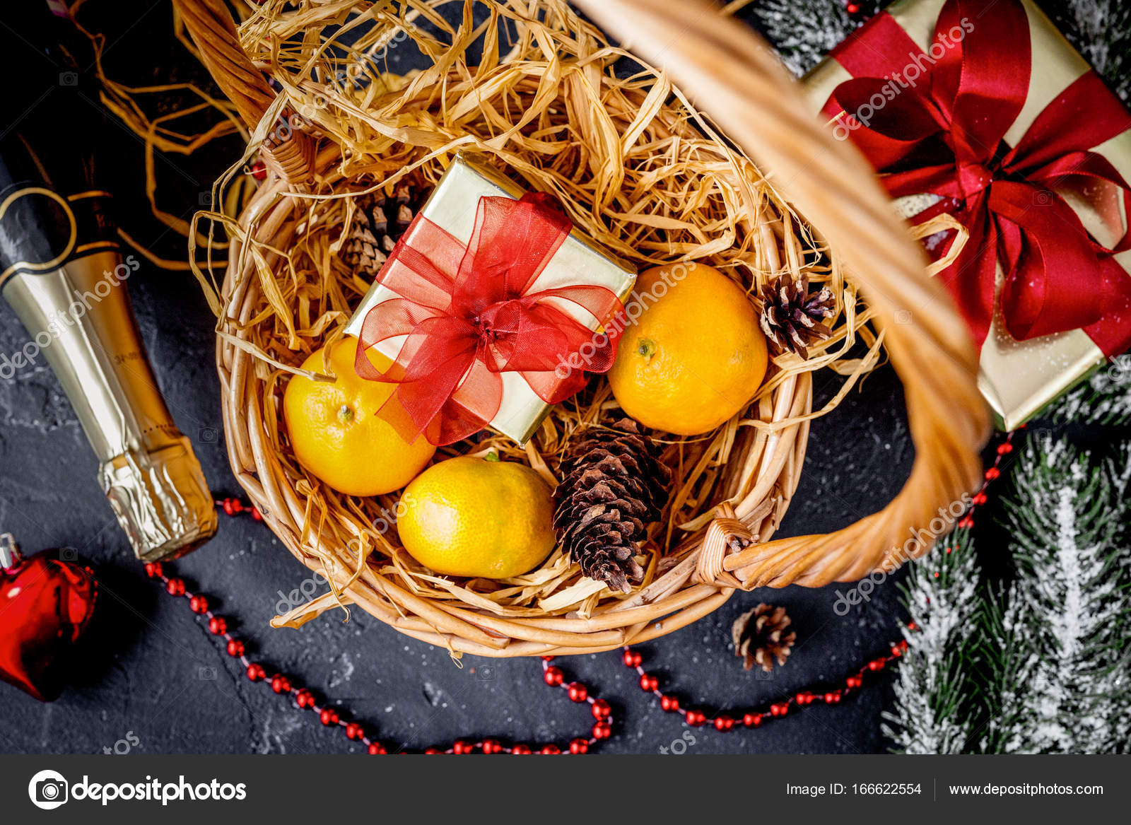 Christmas gifts and champagne with tangerines top view — Stock Photo ...