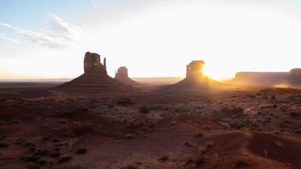 Monument Valley Sunrise In Desert Time Lapse Délnyugat-USA