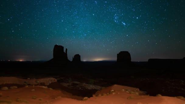 Monument Valley Meteorok és Tejút Galaxy Winter Sky 2