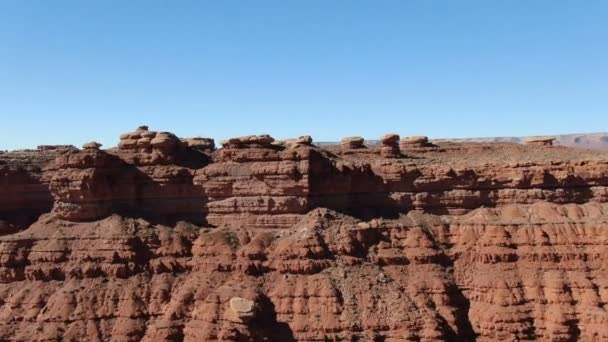 Valley of Gods Aerial Shot of Canyon sivatagban Utah