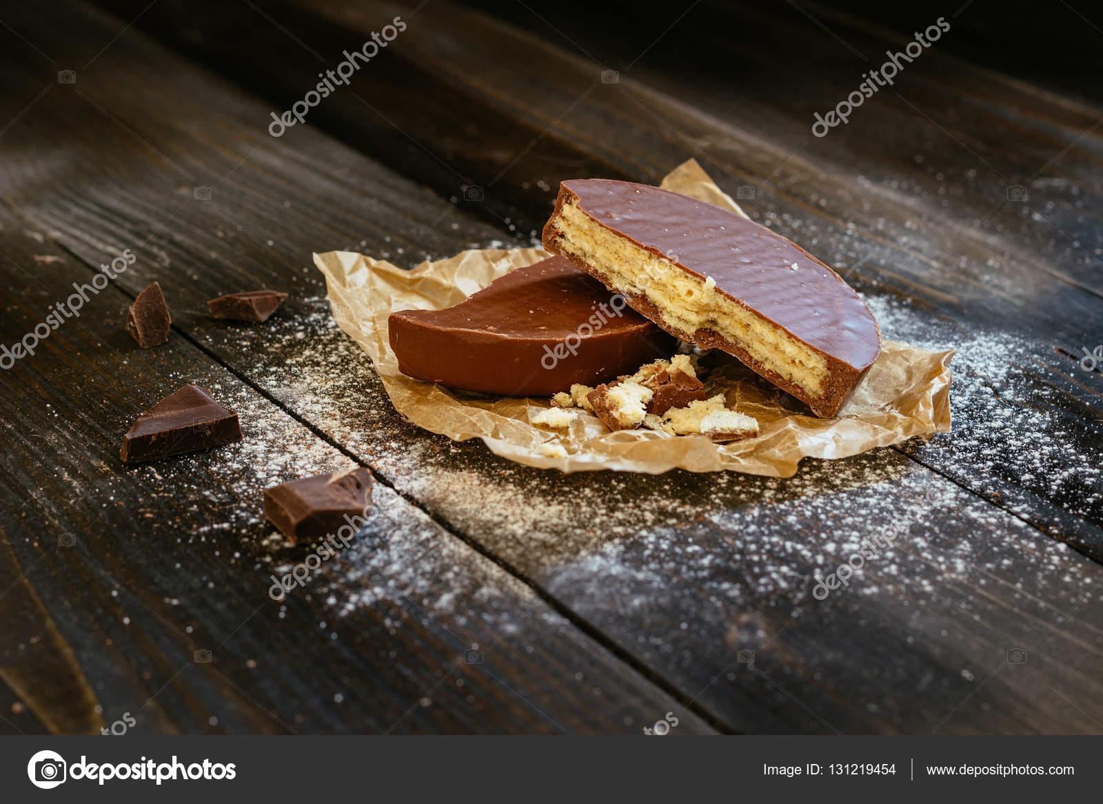 Schoko Waffeln Auf Dem Schwarzen Tisch Schokoladen Nachtisch