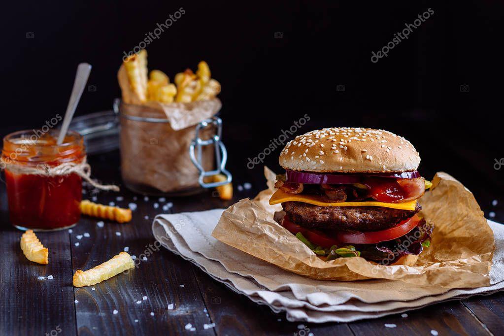slamme eating fast food - HD1200×800