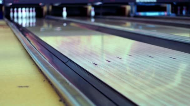 Bowlingové koule na kuželky lane