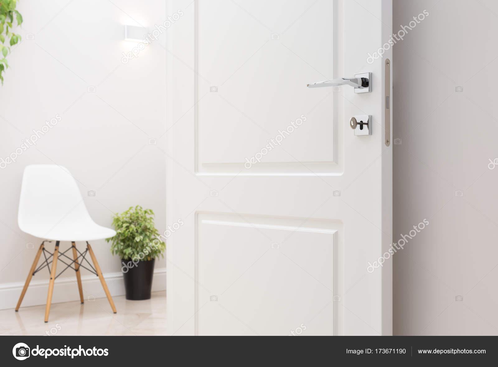 Le porte interne bianche aperte. Bicromato di potassio moderno ...