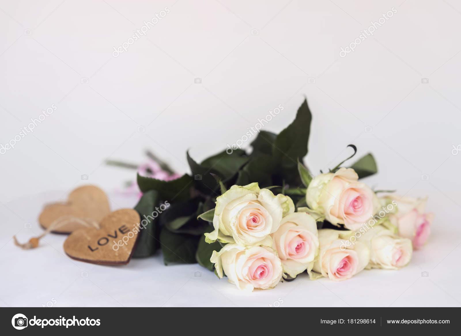 Букеты для любимого на день рождение, доставка цветов хабаровск комсомольский