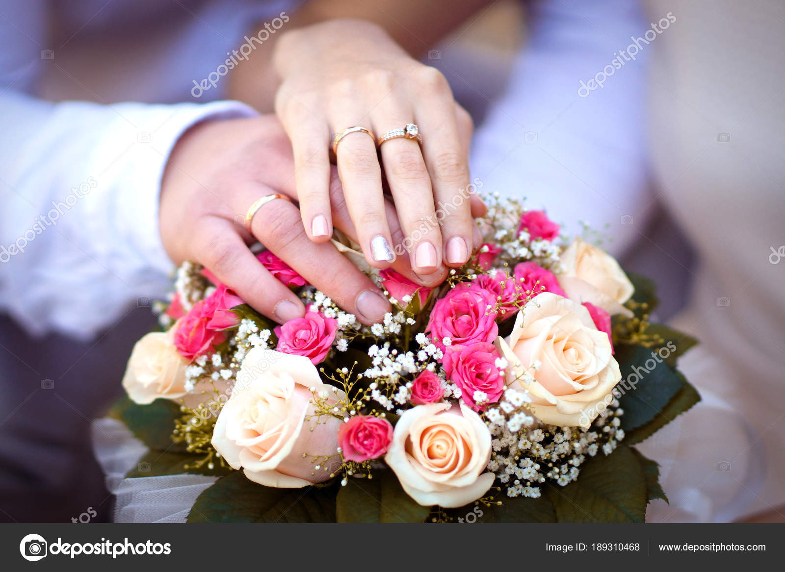 groom wears ring on bride\'s finger — Stock Photo © beshtanya@gmail ...