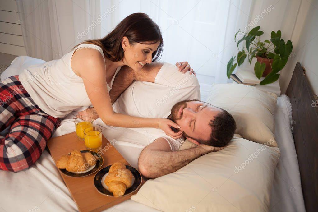 видео супругов утром - 3