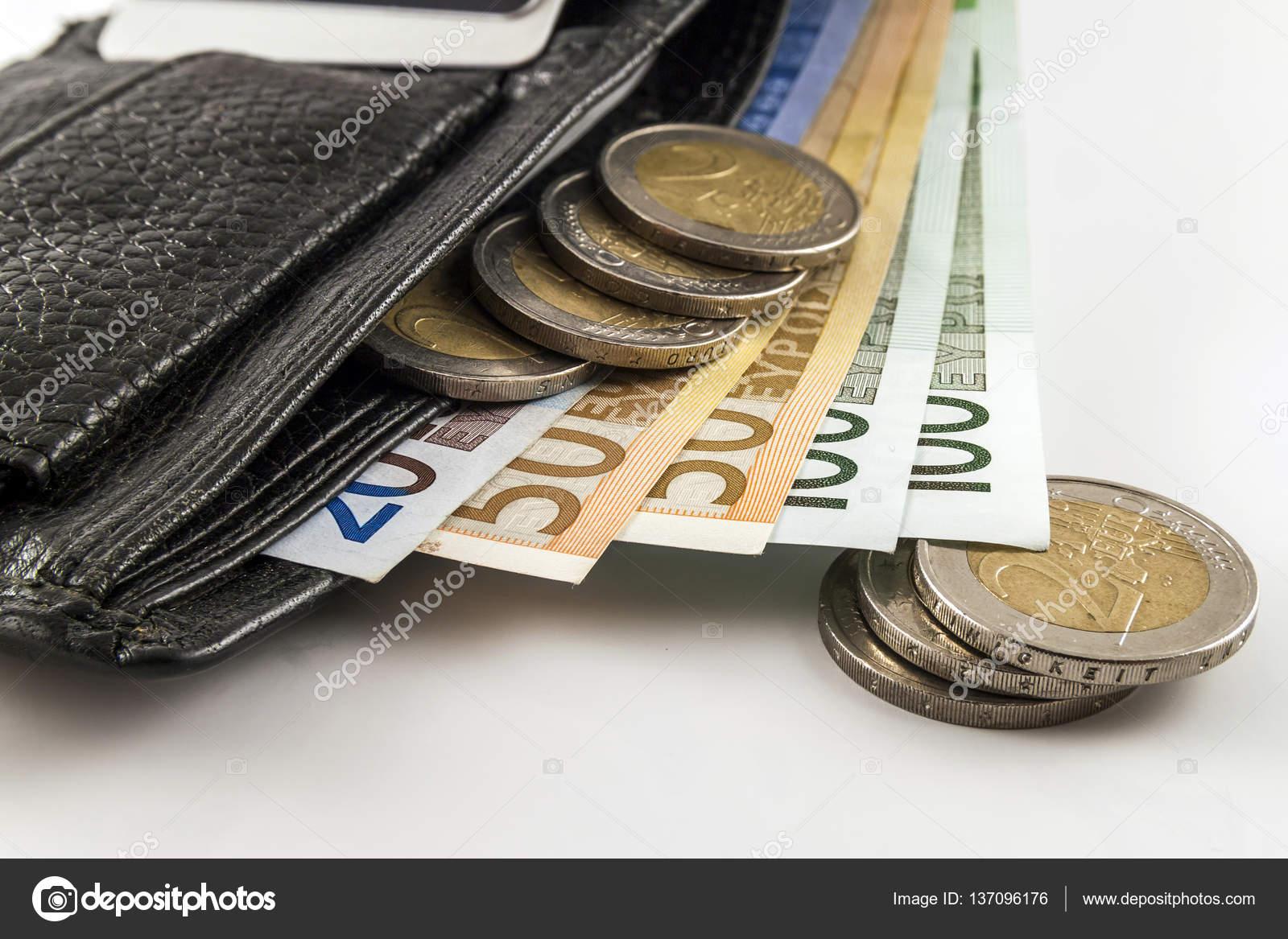 d431748cf8 Δερμάτινο ανδρικό ανοιχτό πορτοφόλι με γραμμάτια τραπεζογραμματίων ευρώ