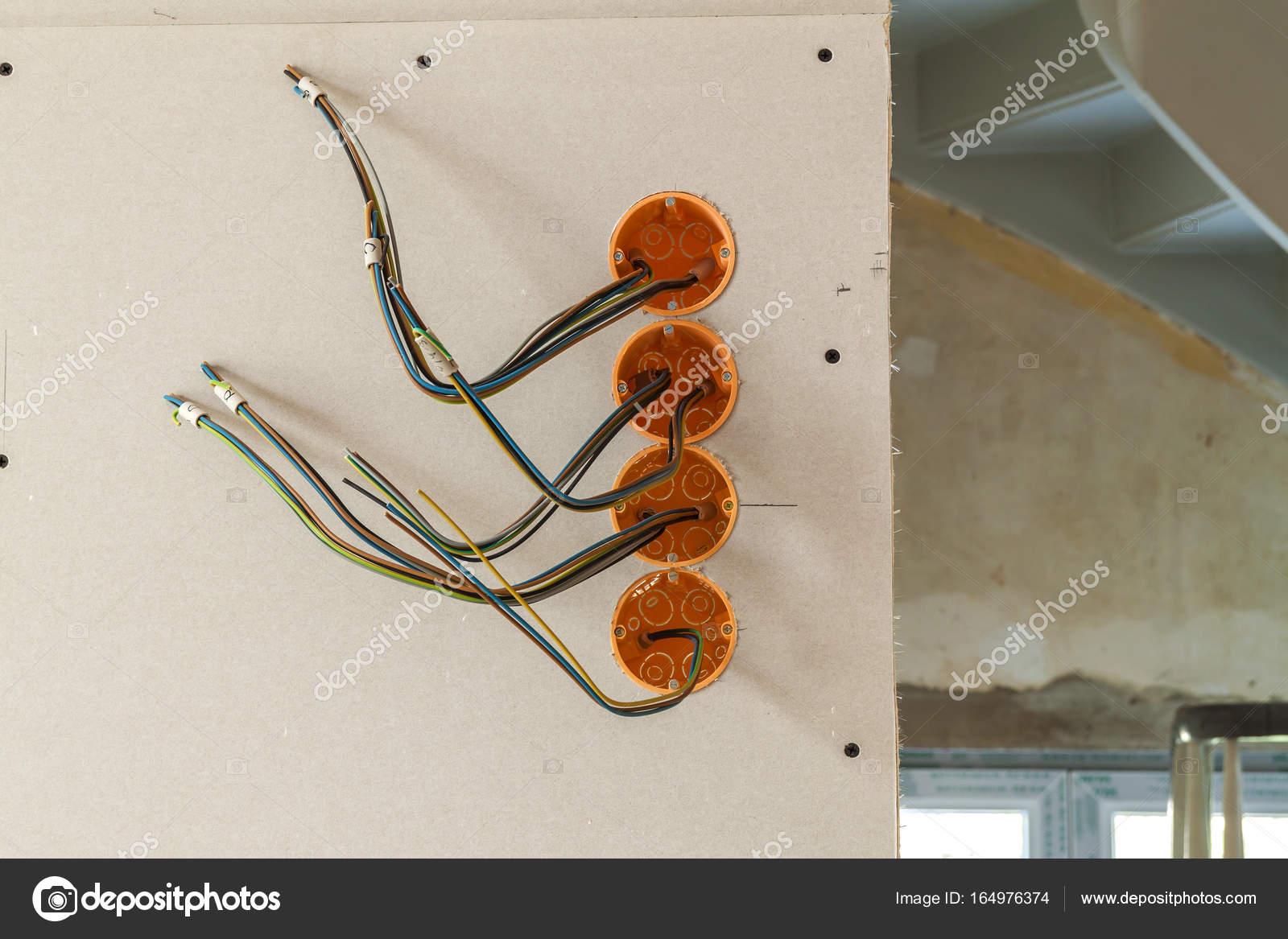 Neue Elektroinstallation, Socket Kunststoffboxen und elektrische ...