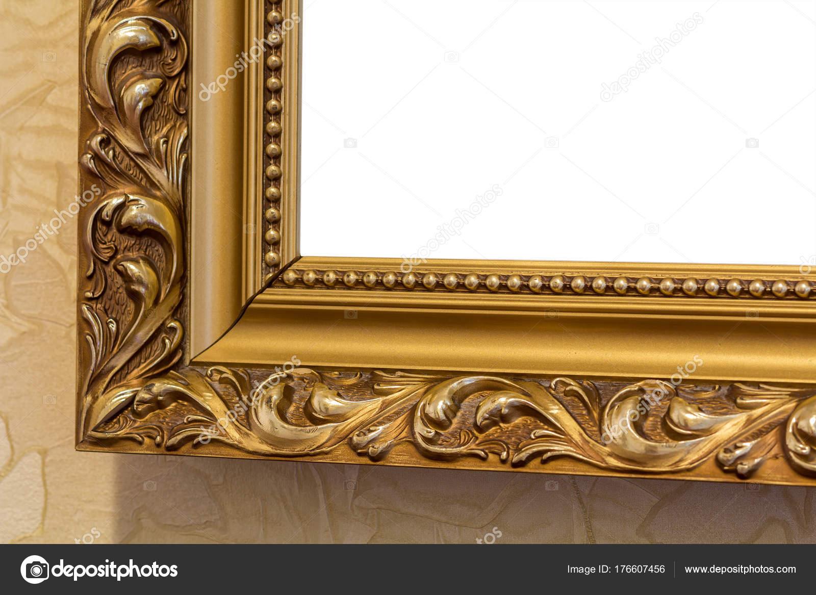 Parte del marco de espejo tallado color Recargado, oro en antigua ...