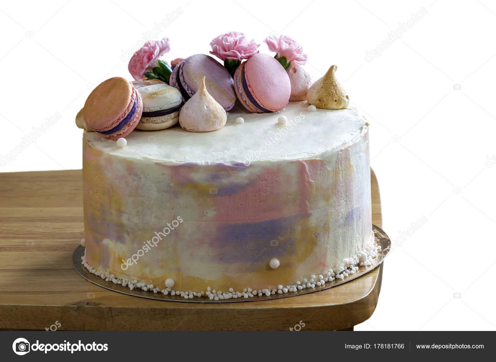 Susse Bunte Kuchen Mit Franzosisch Macarons An Der Spitze Stockfoto