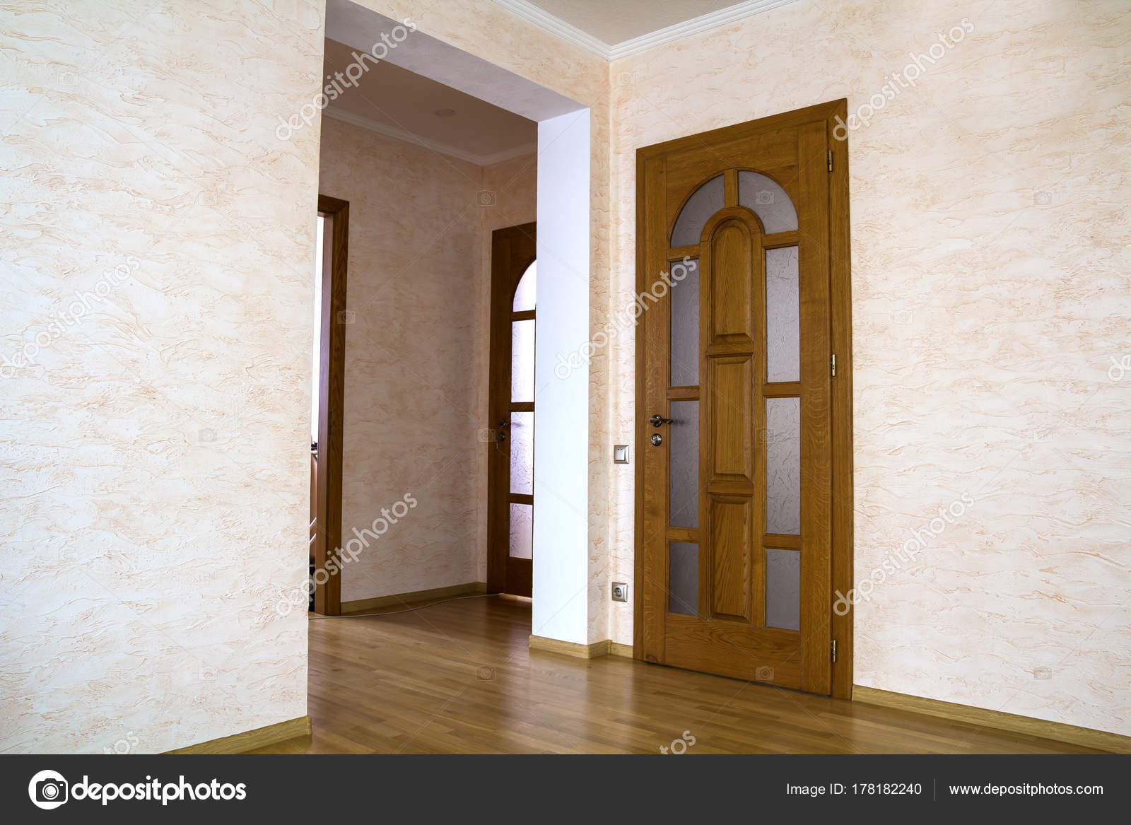Porte en bois interieur de maison ventana blog - Puertas piso interior ...