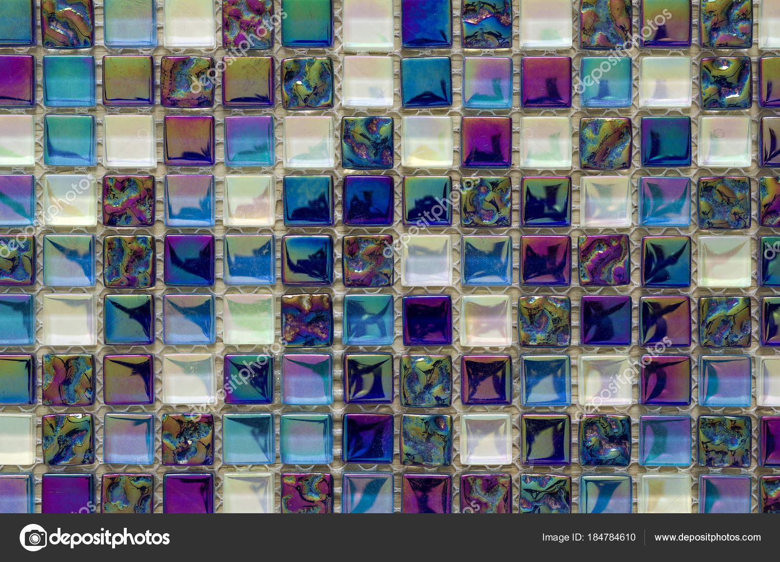 Geometrico blu viola e verde mosaico piastrelle disegno carta da