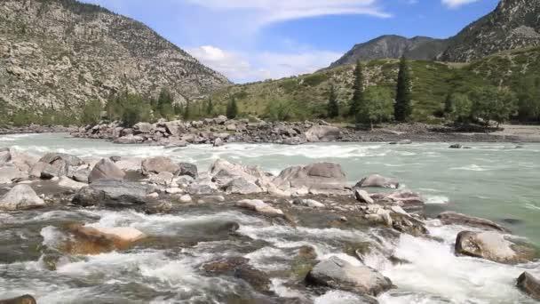 Altaj horská řeka