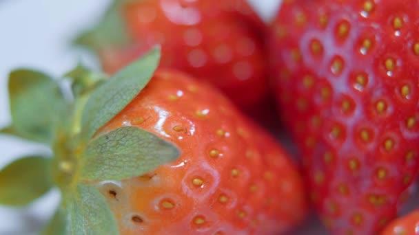 Z trhu - delicous jahody