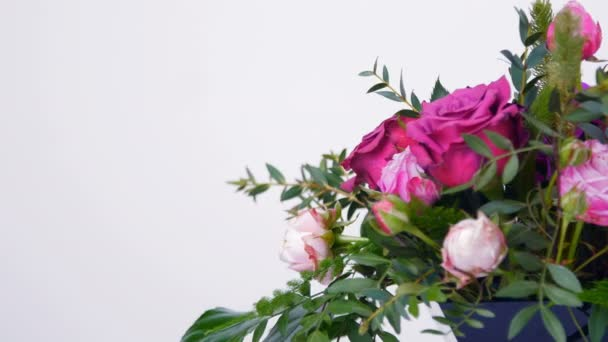 Egy lány, egy nő, egy szeretett ember virág-ajándék