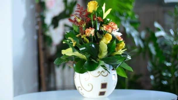Harmonikusan létrehozott csokor virág