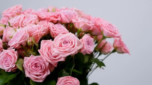 Közelkép, virág, csokor, forgatás, virág kompozíció áll Rose odily. Isteni szépség
