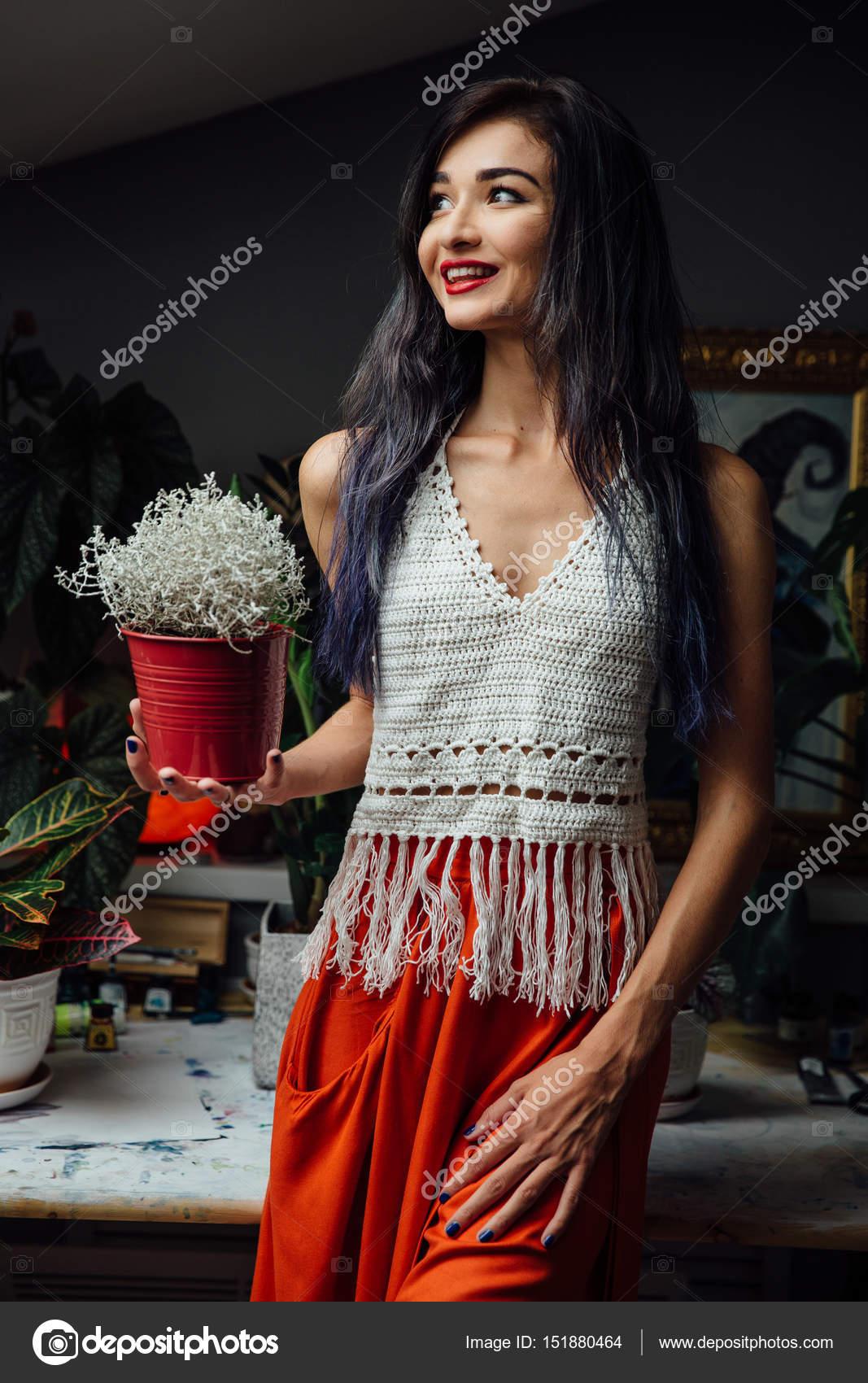 841b87d6d714 Porträt von Mädchen Nahaufnahme Lebensstil, tragen trendige ...