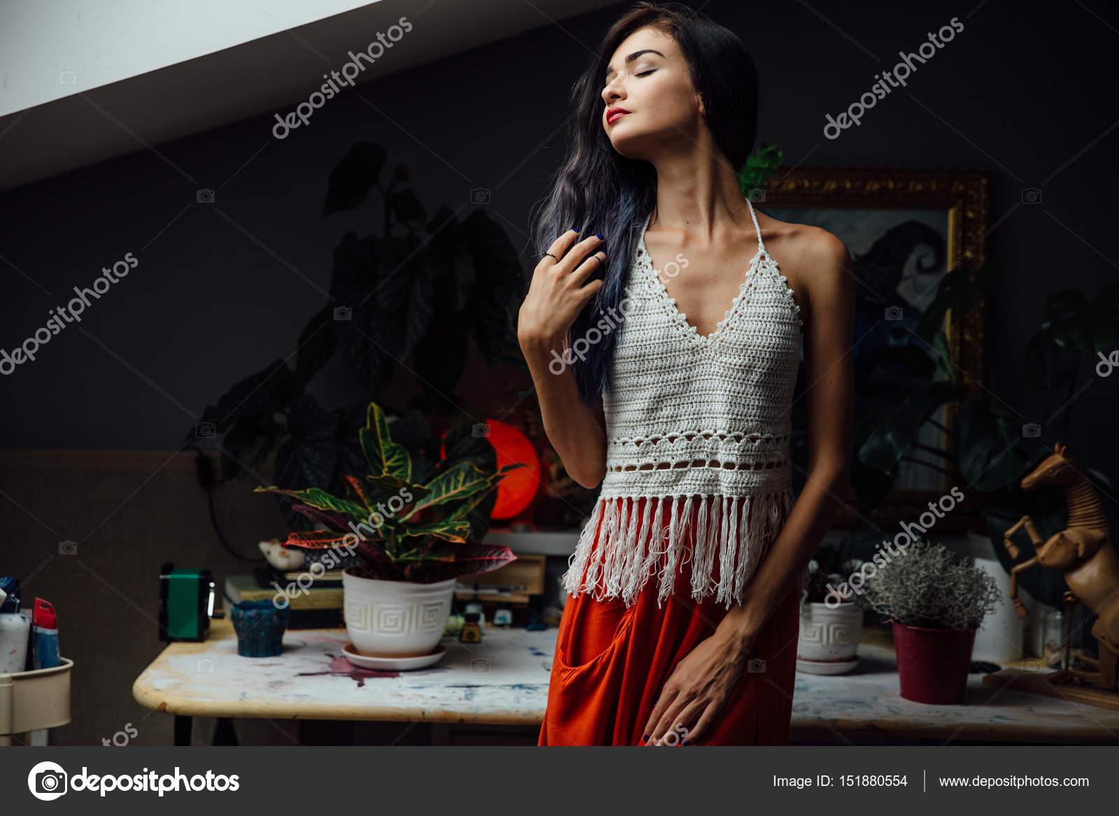 портрет девушки крупным планом образ жизни носить модные вязаные