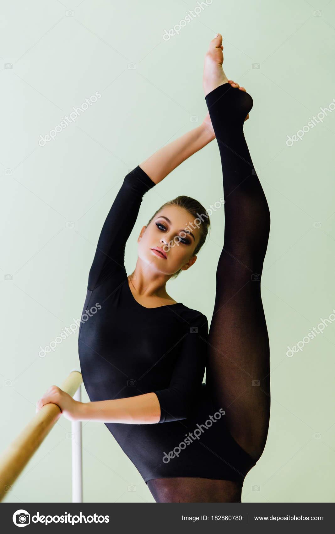 seksualnie-balerini-v-kolgotkah-foto