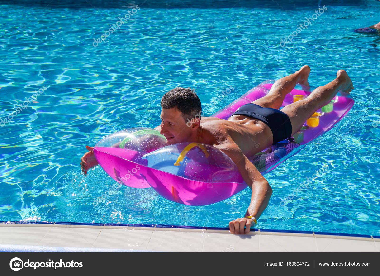 har man i poolen