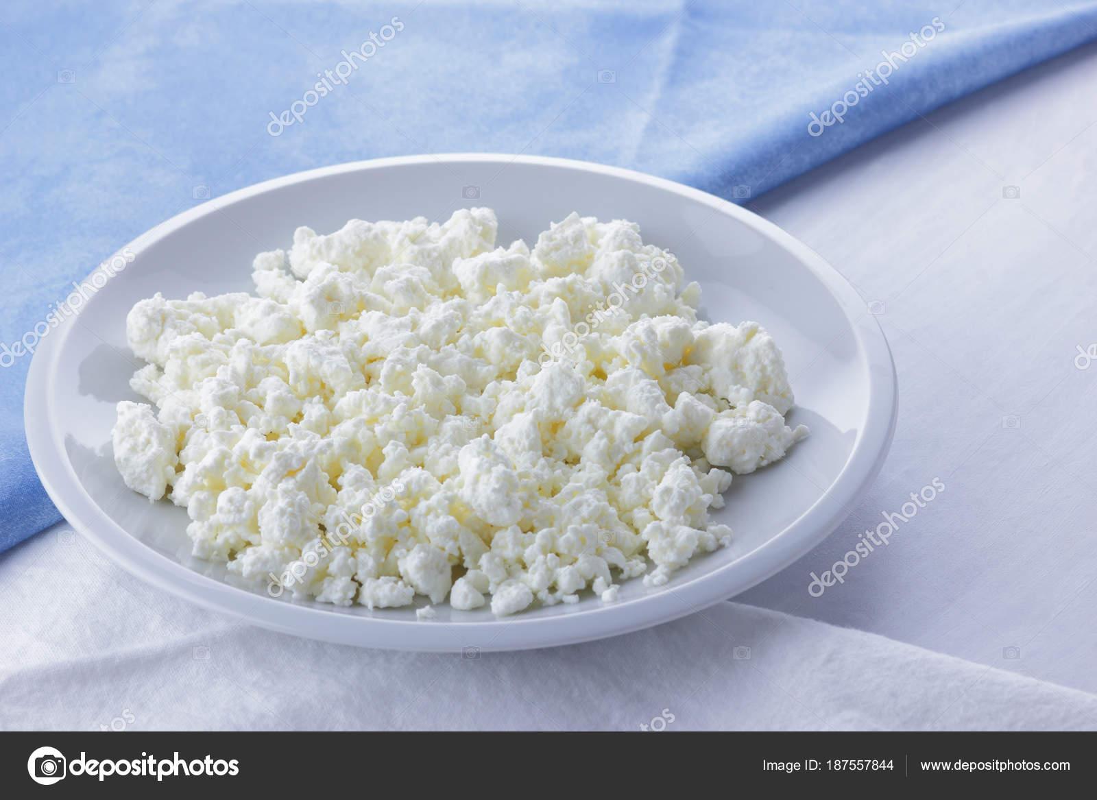 Французские ученые: свежие молочные продукты – признак здоровой диеты.