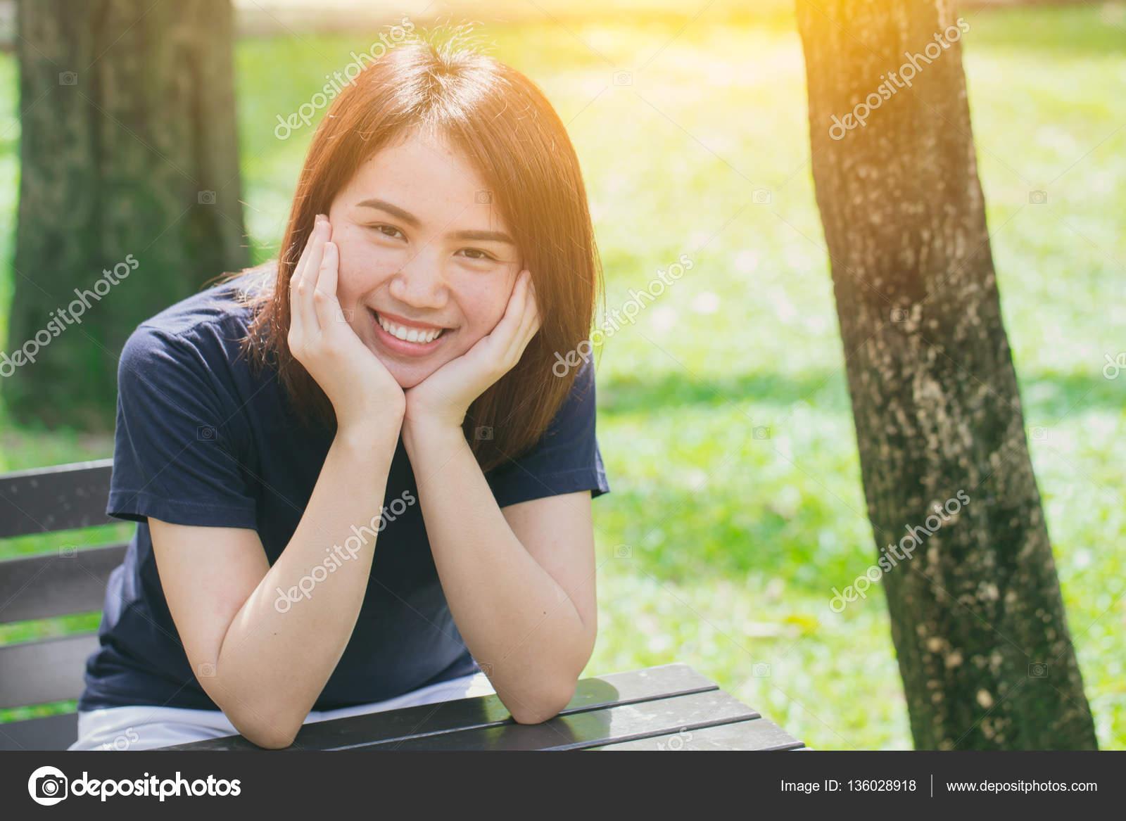 Single Asian Women Of