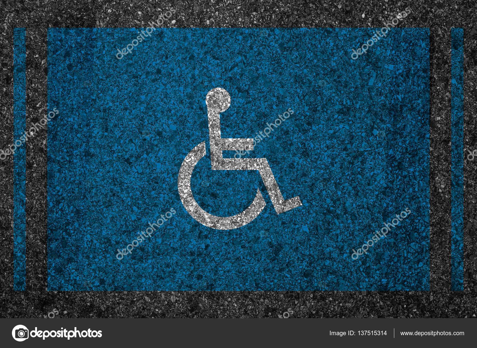 ranura de aparcamiento reservado con discapacidad signo icono ...