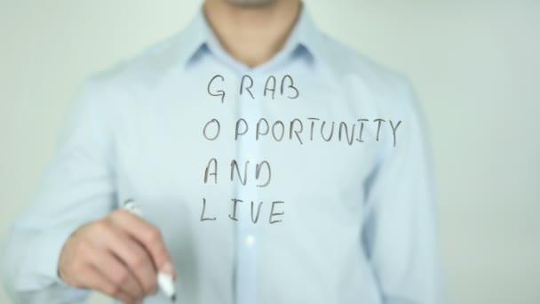 Cíl, chytit příležitost a žít, psaní na transparentní sklo
