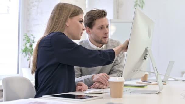 Profesionální kreativní tým Diskuse a práce na ploše