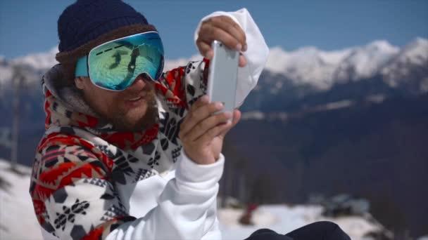 Snowboardista IXUS na telefonu