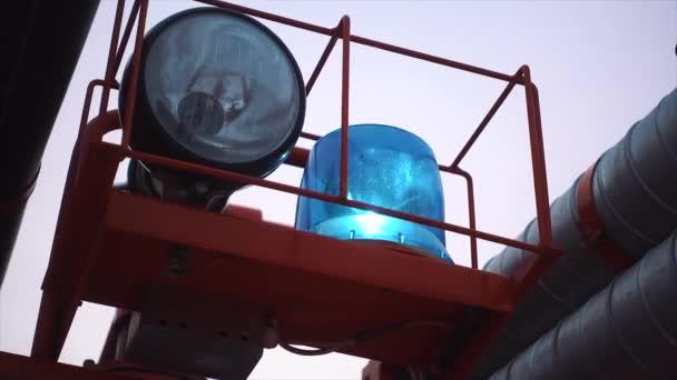 detailní obrázek modrého světla a sirény