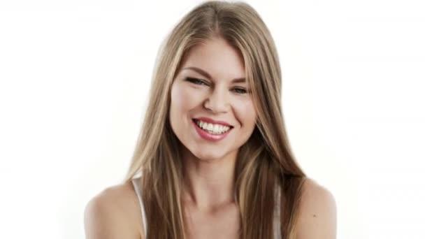 Krásná smějící se žena