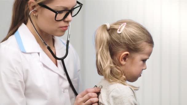Dítě návštěvy lékaře