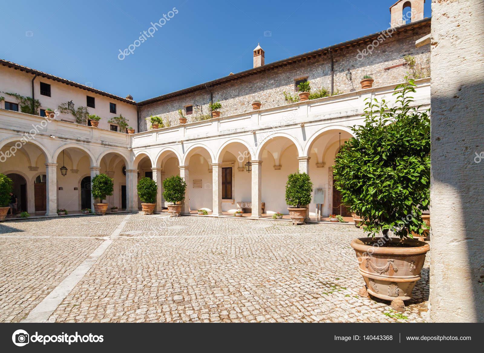 Interni Di Villa Certosa : Ville in vendita a certosa di pavia cambiocasa
