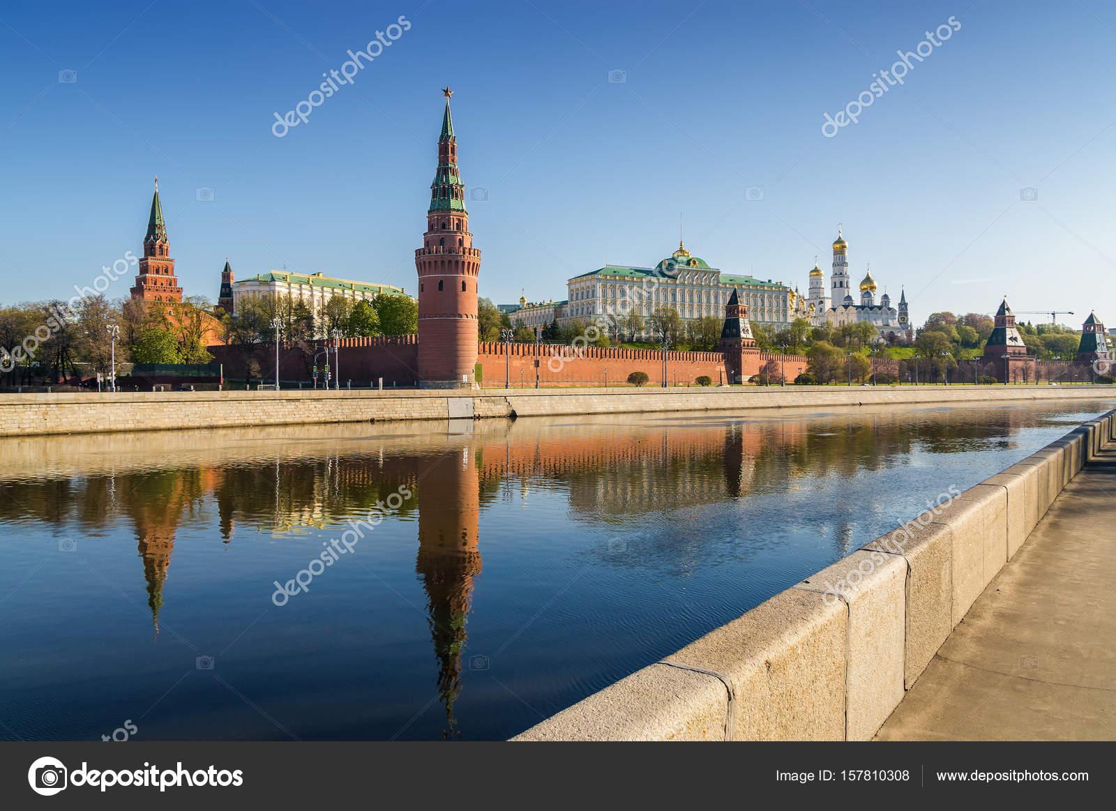 Moscow embankments 99