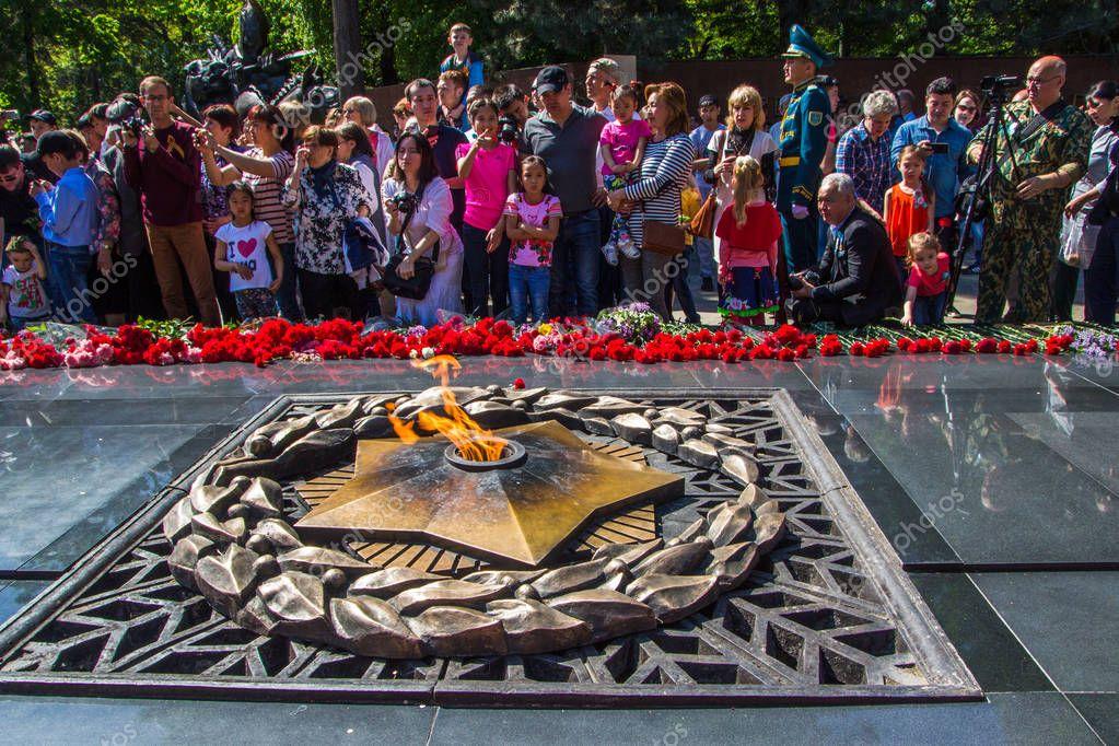 появления зависит фото казахстанской символики дня победы начала