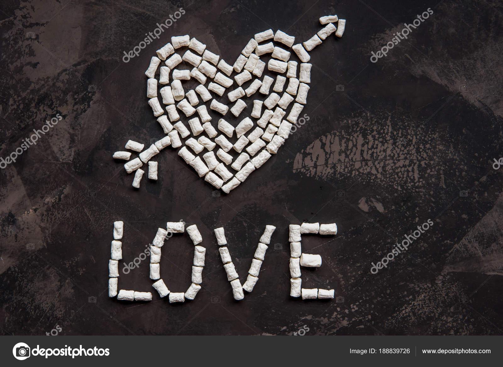 Texte Damour Faite De Guimauve Coeur Blanc Décoration Pour