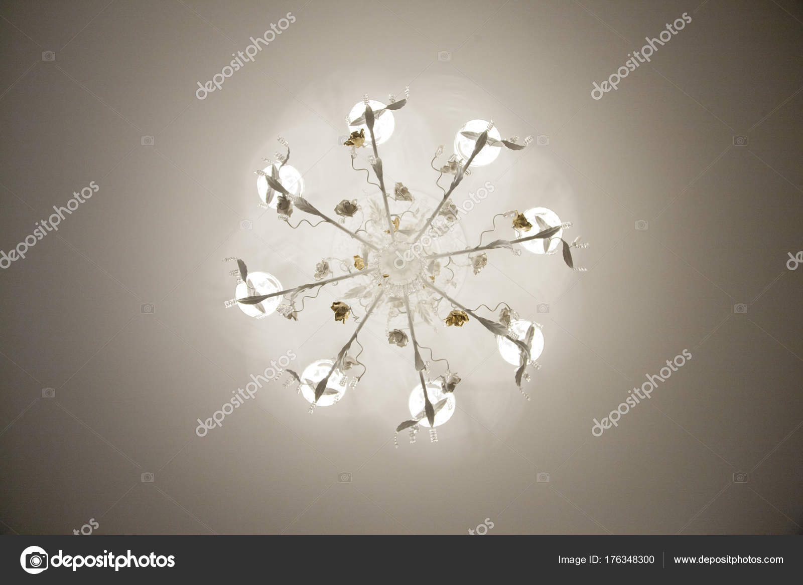 Lampadario Rosa Dei Venti : Bellissimo lampadario bronzo con plafoniera illuminata lampadario