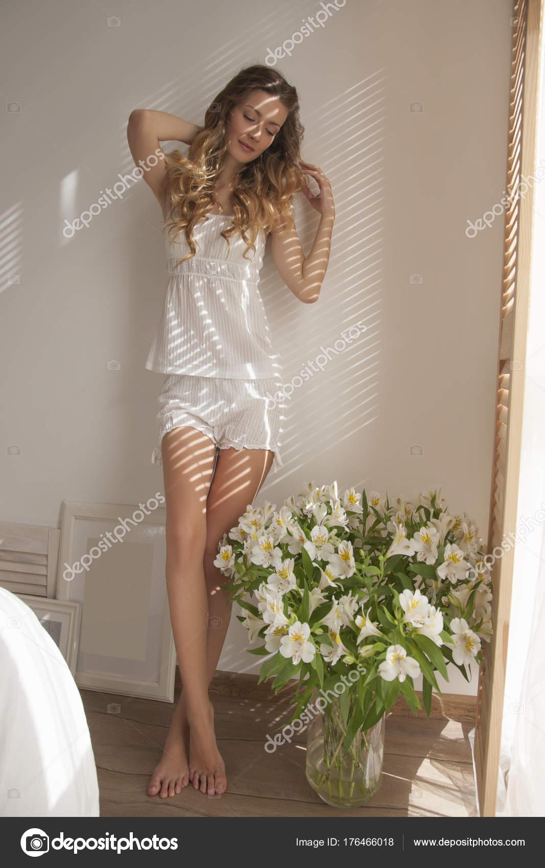 faab87af2311 Sun Shining Bedroom Closeup Beauty Woman White Pajamas Coffee Cup — Stock  Photo