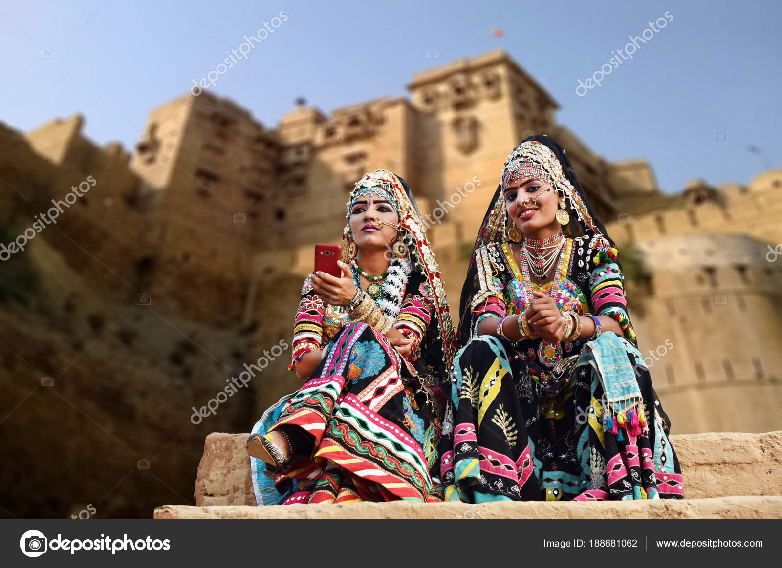 6d528e2ef3cf Rajasthan India February 2018 Beautiful Kalbelia Dancers Traditional Black  Rajasthani — Stock Photo