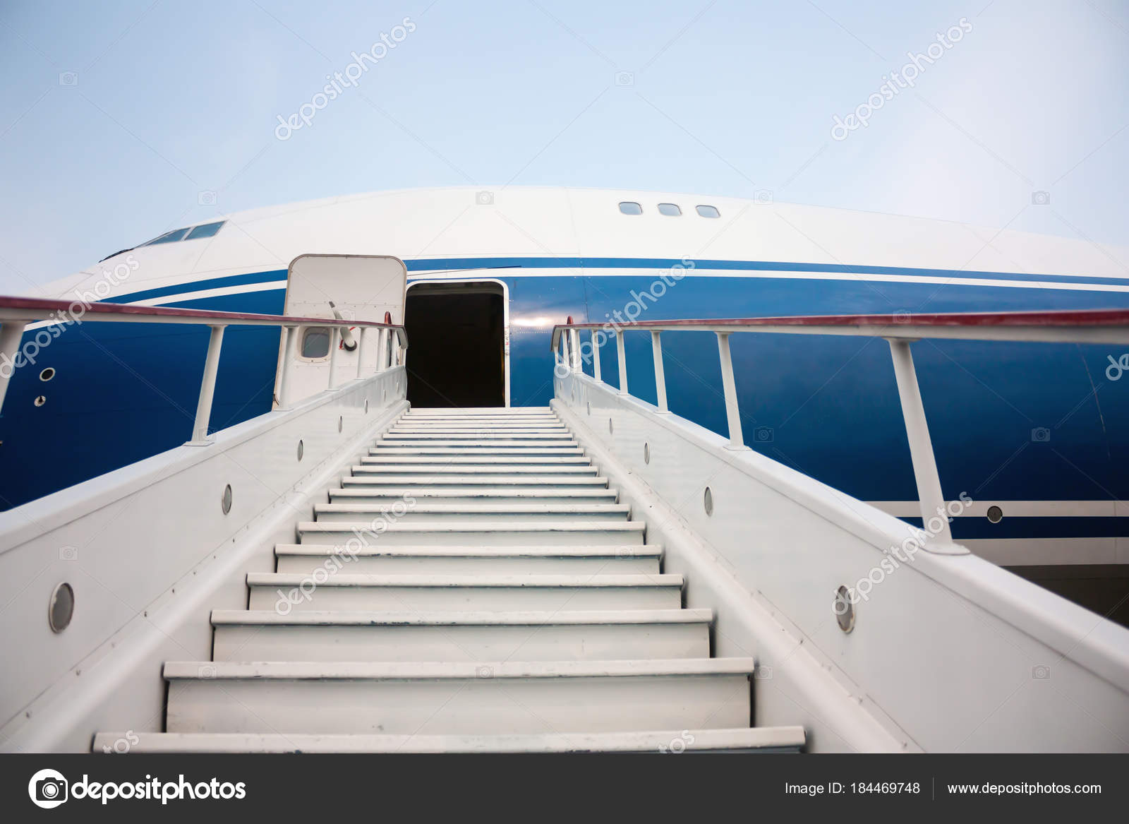 Boarding Stairs Airplane U2014 Stock Photo