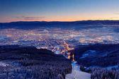 Město Liberec od hory před východem slunce