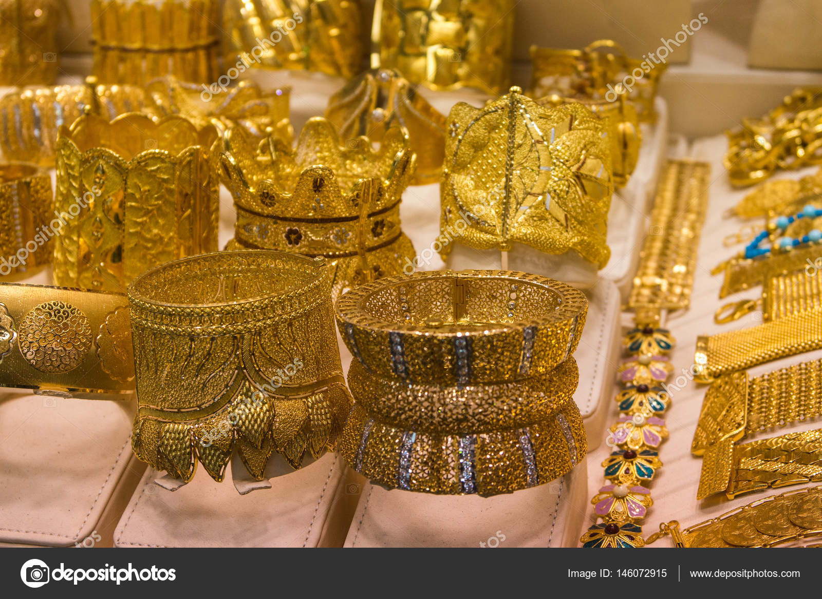 Dubai Gold market — Stock Photo © dudewayap gmail com #146072915