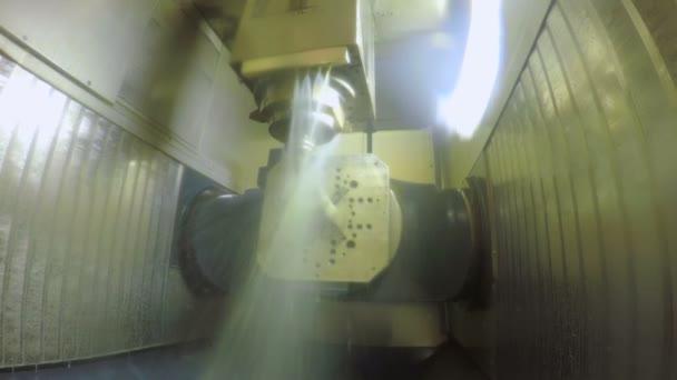 Produzione di minuterie metalliche di precisione